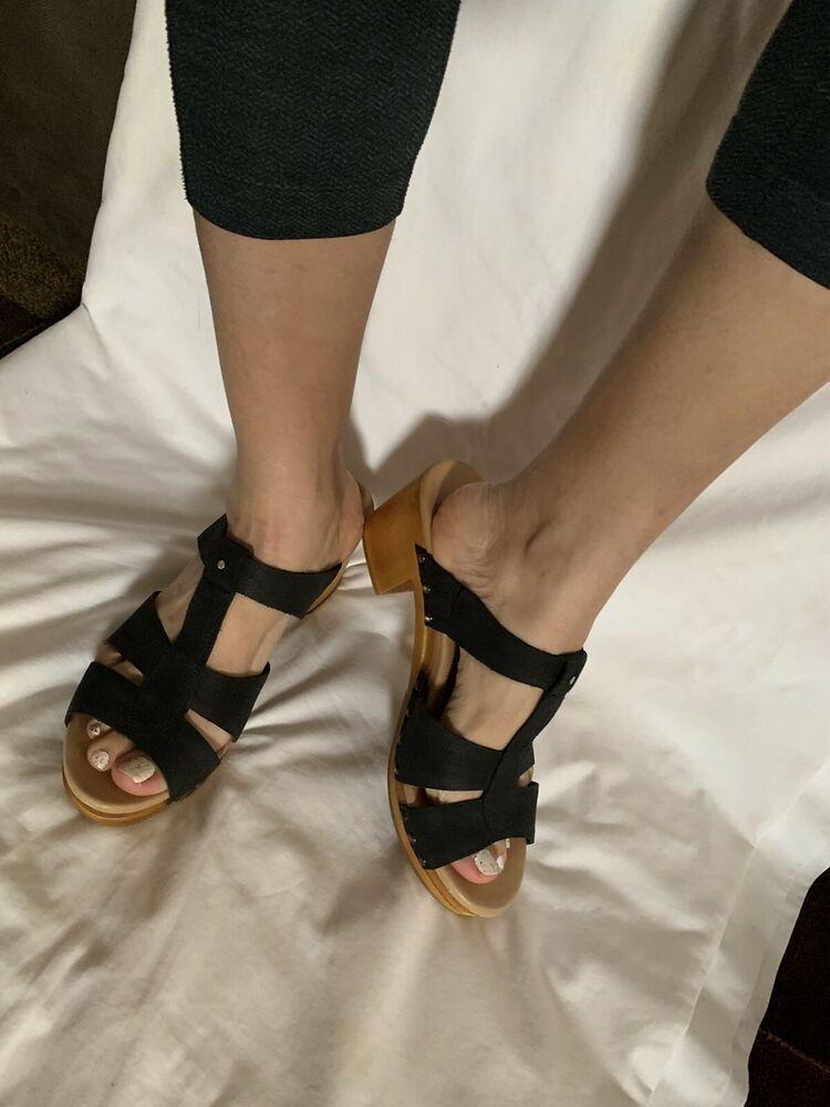8d745e2b6b7 Details about NWOB UGG Australia Jennie Clogs T-Strap Sandals Black ...