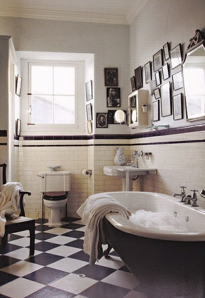 le th me du jour est la salle de bain r tro bath. Black Bedroom Furniture Sets. Home Design Ideas