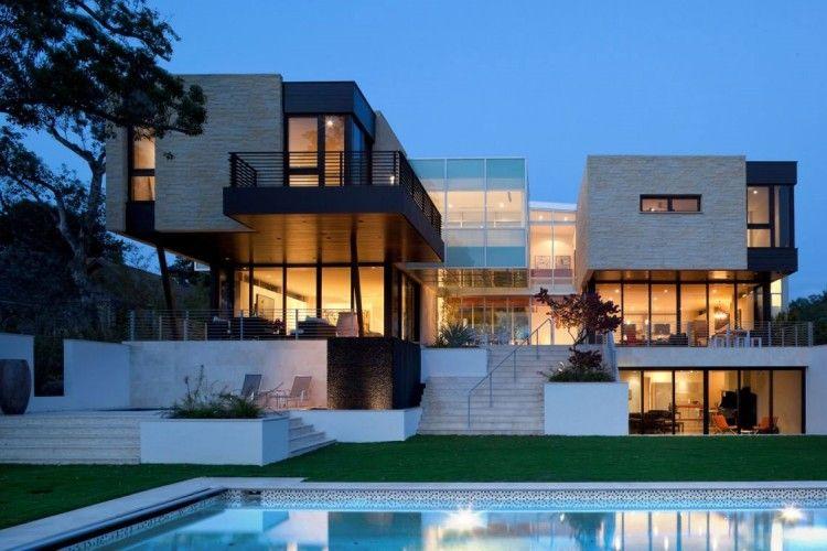 Une r sidence de luxe par hughes umbanhowar architects - Le plus grand maison du monde ...