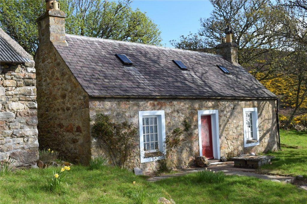 Burnside Croft Helmsdale Cottage For Sale In The Scottish Highlands Stone Cottage Homes House Designs Ireland Irish Cottage Interiors