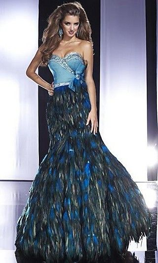 Pa 14481 Teal Strapless Dress With Feather Skirt Looks Like A Drag
