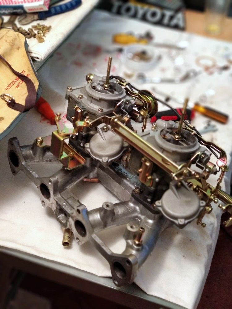 Toyota 2t-b Engine carbs restaurei #toyota #ke70 #te71