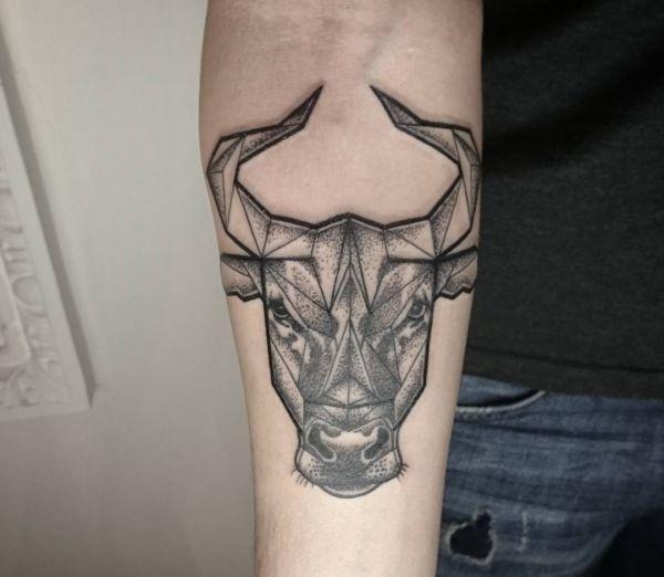 Stier Tattoo Designs mit Bedeutungen – 34 Ideen