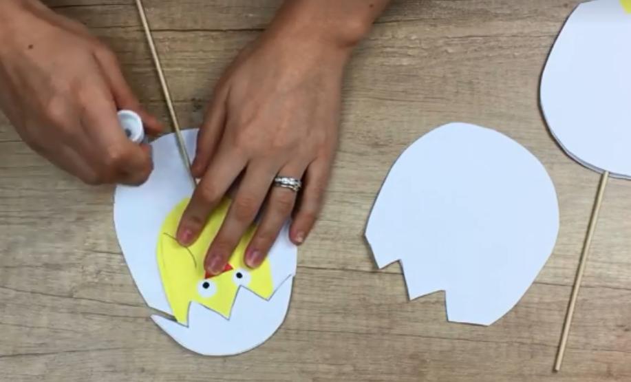 Sürpriz Yumurta Etkinliği Oyun Cutting Board Ve Plastic Cutting