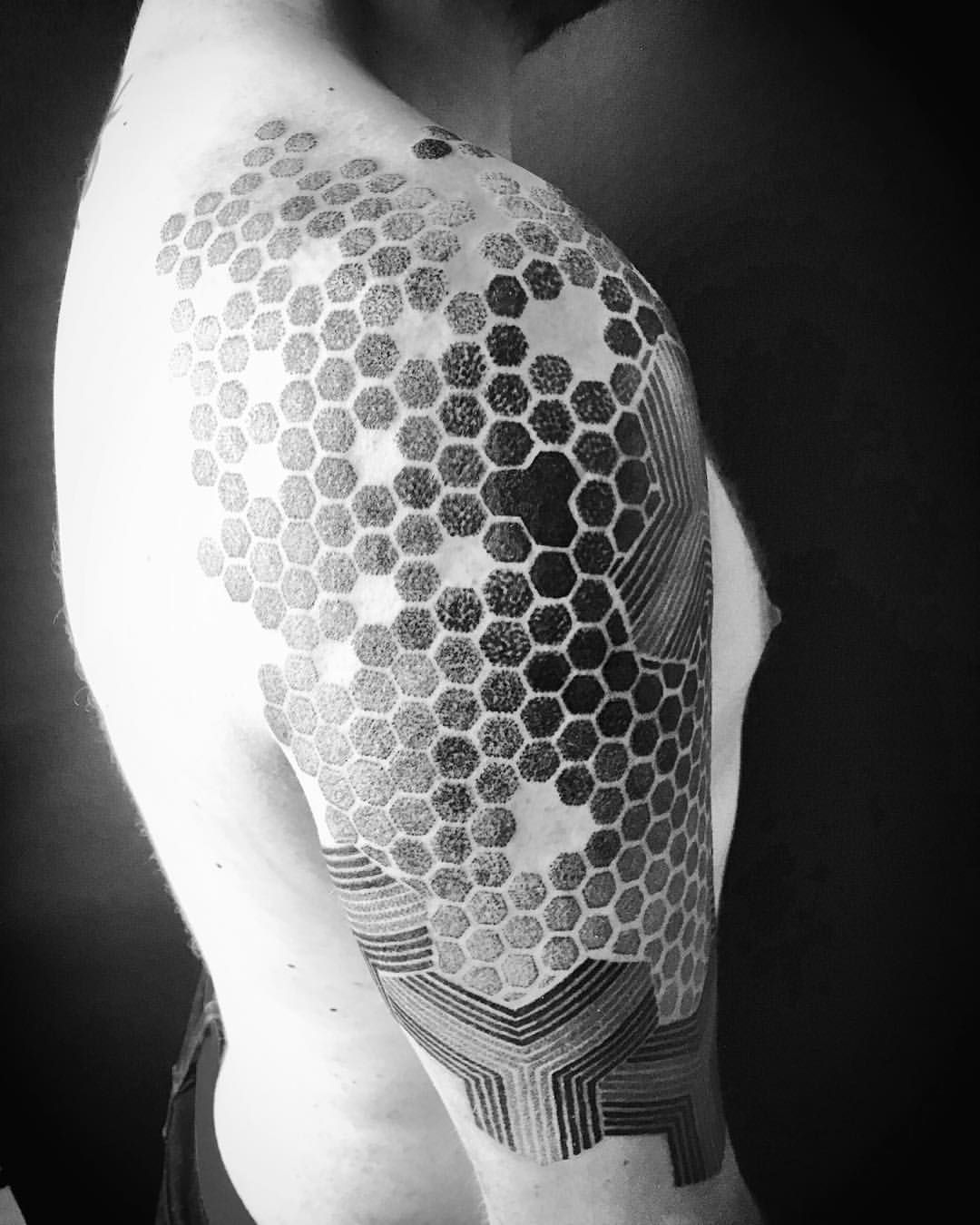 Honeycomb Bee Tattoo Pinterest Tattoos And Electronic Circuit Board Full Sleeve Blackwork Male Best Dad Cool