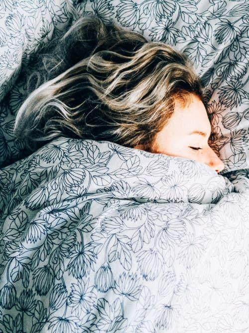 wann schlafen gehen hier gibt 39 s die antwort stylight life hacks pinterest schlafen. Black Bedroom Furniture Sets. Home Design Ideas