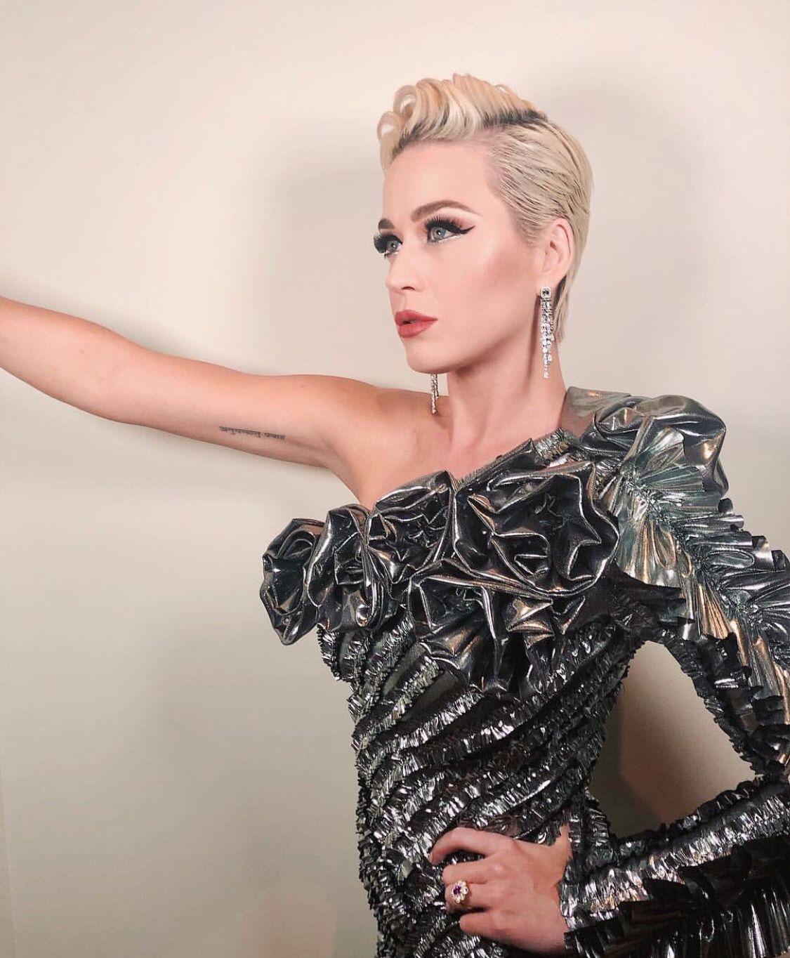 katyperry Cambios de look, Celebridades, Glamour
