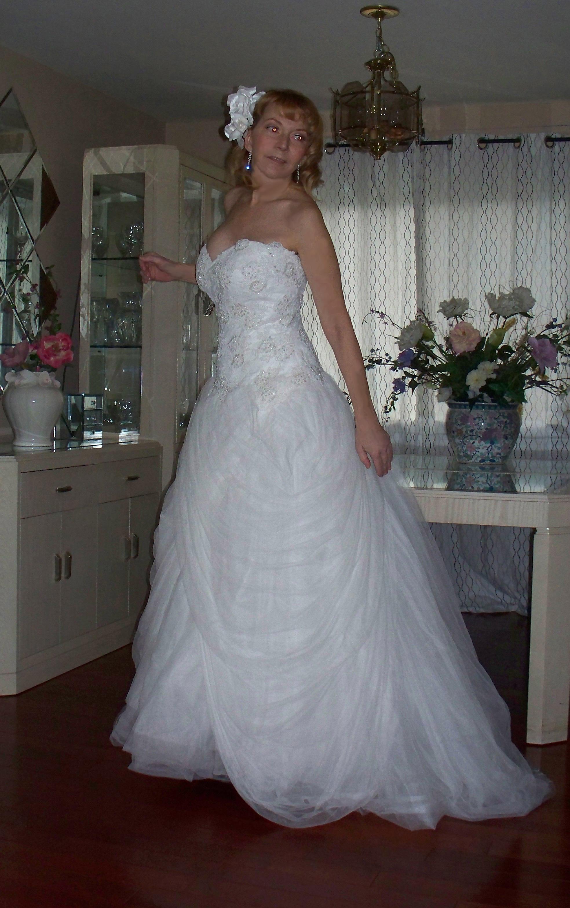 Lazaro Holiday Sale Wedding Dress. Lazaro Holiday Sale Wedding Dress ...