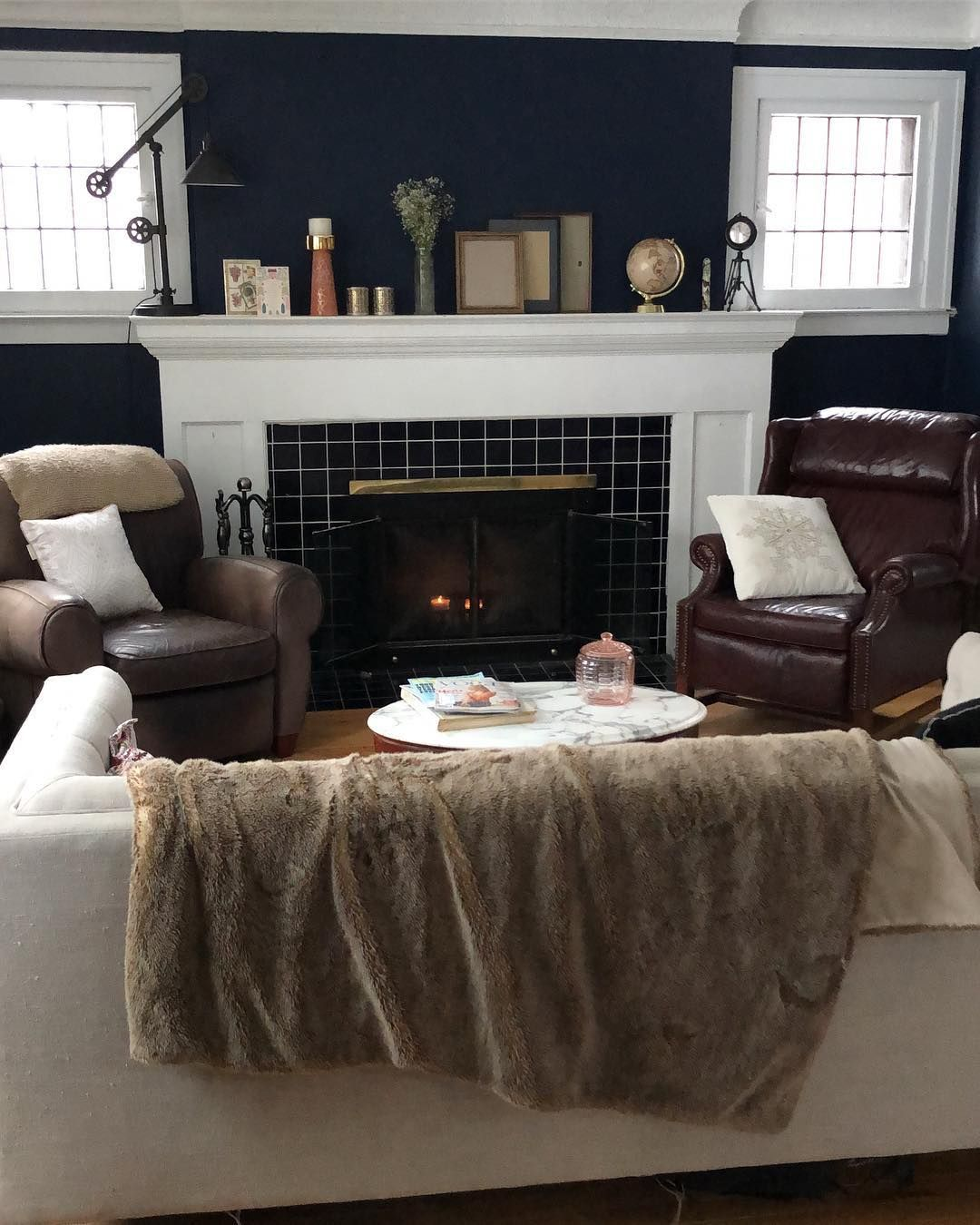 Naval Sw 6244 Living Room Sherwin Williams Paint Colors Neutral Paint Color Paint Colors #sherwin #williams #paint #colors #for #living #room