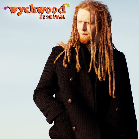 Newton Faulkner Talks About Headlining The Wychwood Festival Spongebob Squarepants And Performing Live O Newton Faulkner Hair And Beard Styles Family Festival