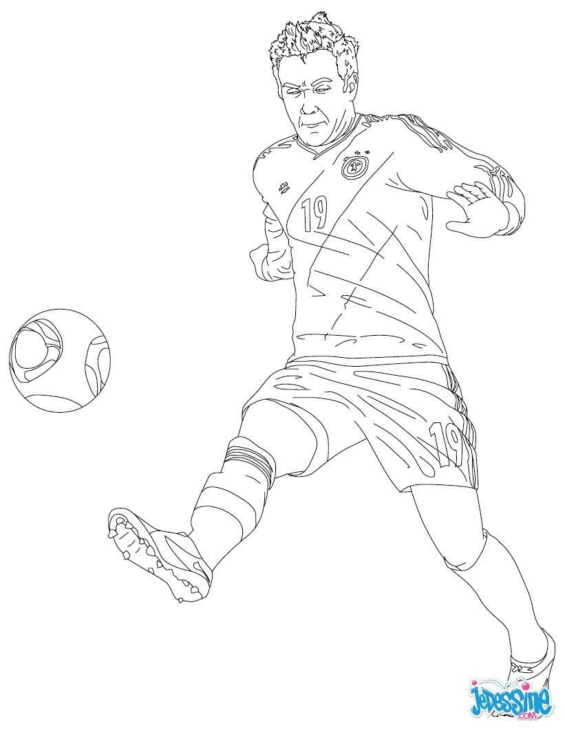 Coloriage du joueur de foot Mario Gotze. À imprimer gratuitement ou colorier en ligne sur ...