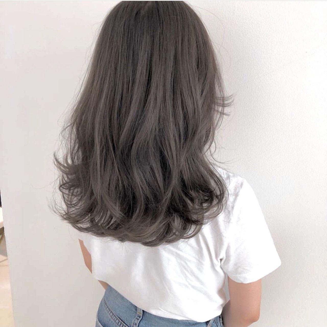 グレー系髪色がおしゃれ女子注目の的 暗め 明るめの人気スタイルをご紹介 Hair 髪色 暗め ヘアカラー 暗め 髪 色