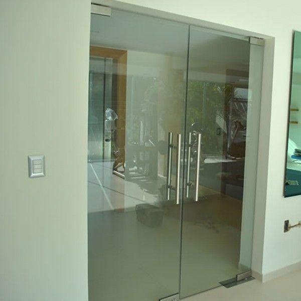 Puertas vidrio abatibles inspiraci n de dise o de for Disenos de puertas para interiores