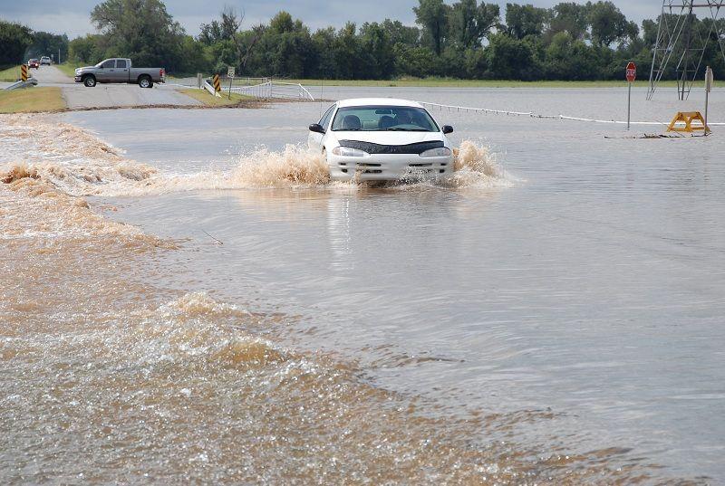 Buyer Beware How To Spot A Flood Damaged Used Car Car Flood Damage Car Buying Tips