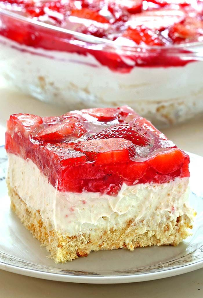 No Bake Strawberry Heaven Cake #easydesserts