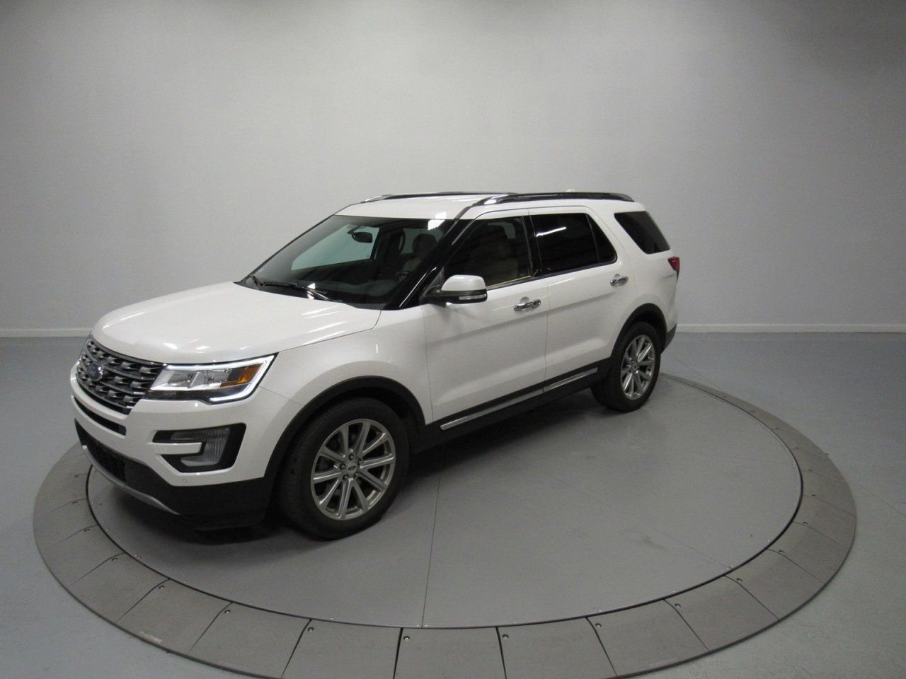 New 2017 ford Explorer Limited White Platinum My Dream