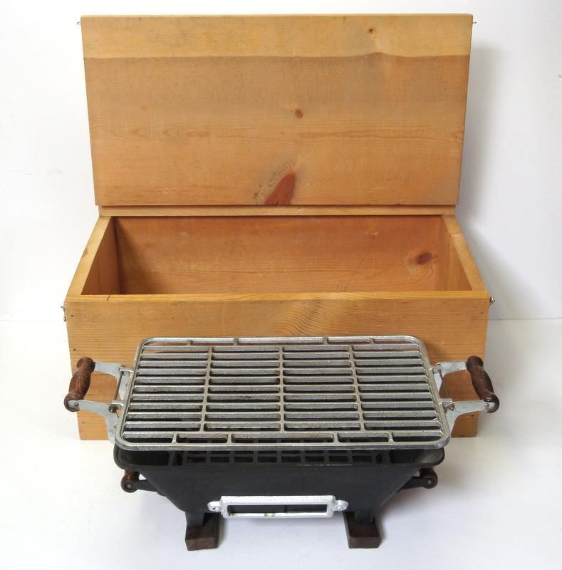 Vintage Char Glo Japanese Cast Iron Portable Hibachi BBQ In Original Wood  Crate