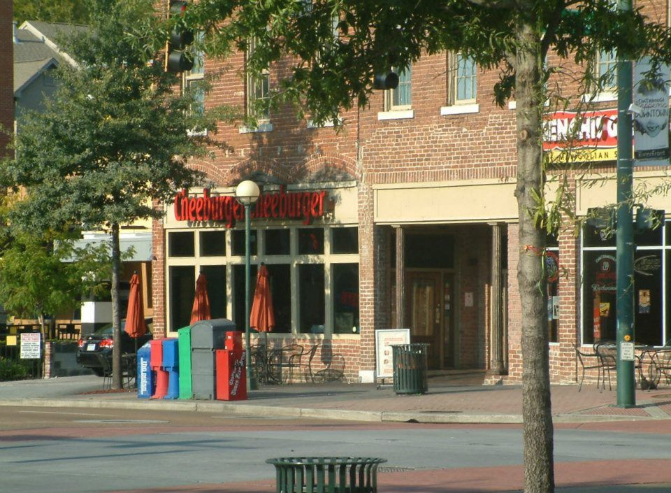 Downtown Chattanooga-Cheeseburger Cheeseburger, great little restaurant!