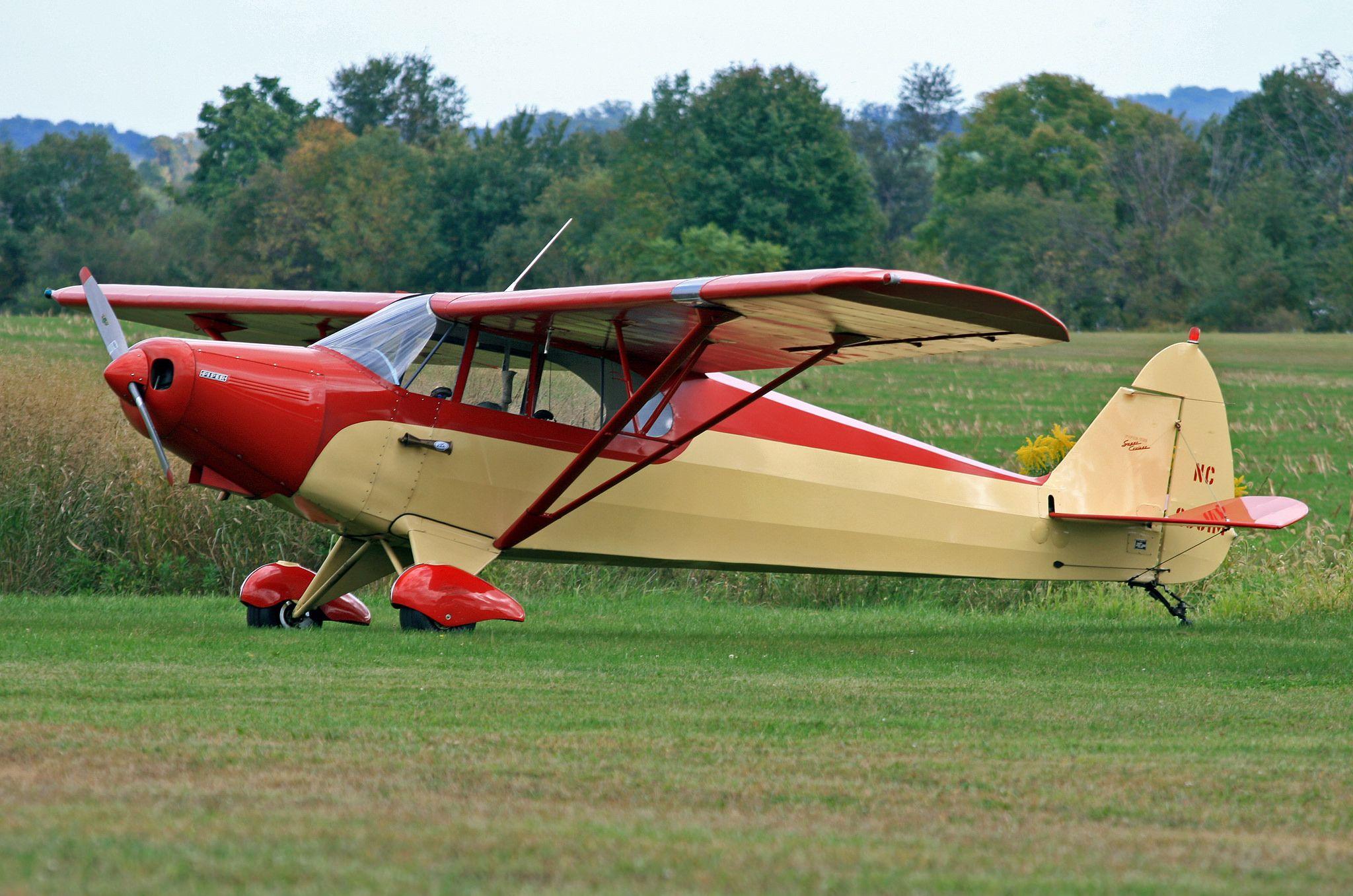 Piper PA-12 Super Cruiser (NC2555M)   Airplanes and      Piper