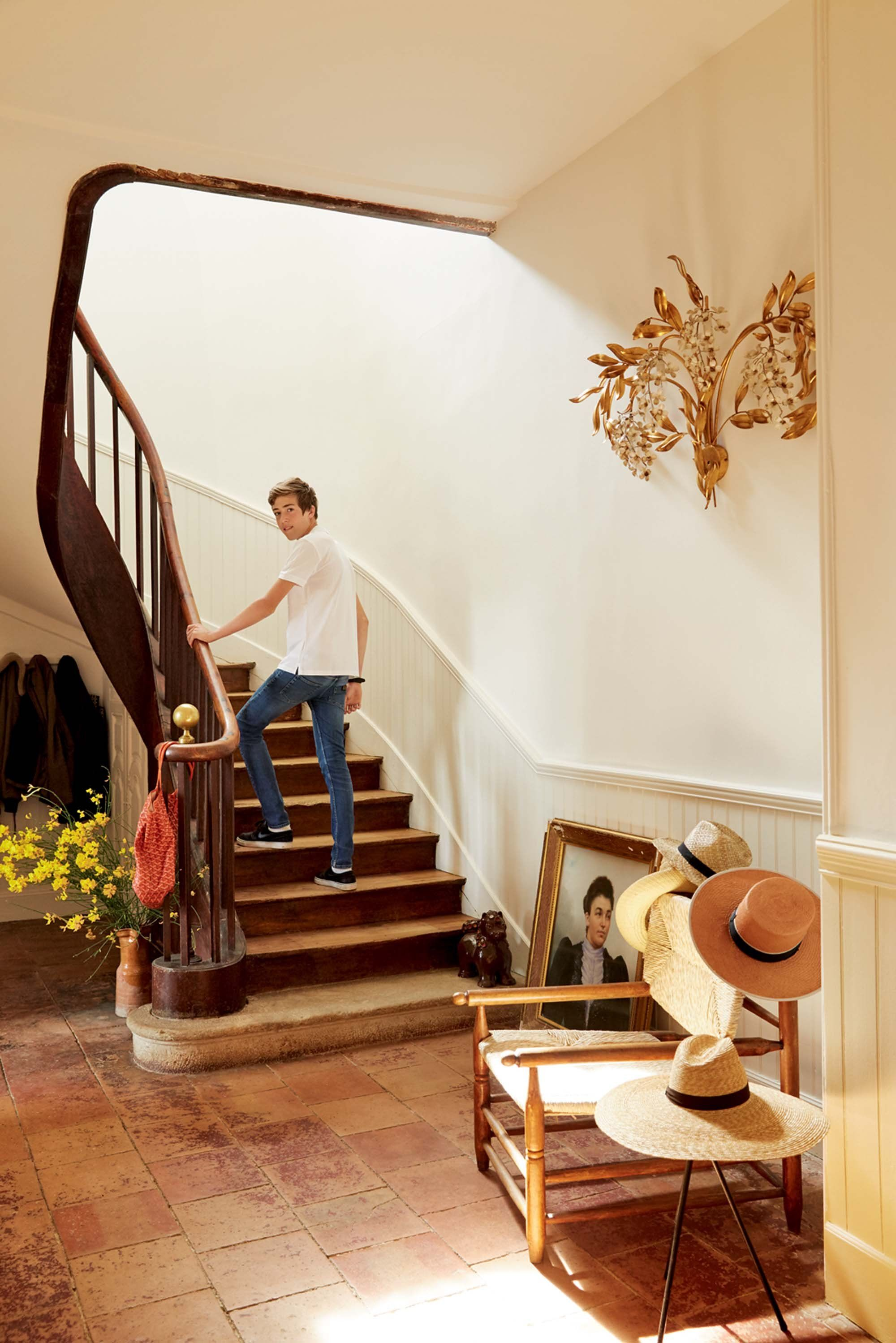Beautiful Foyers The Most Beautiful Foyers In Voguephotos  Country Lifestyle