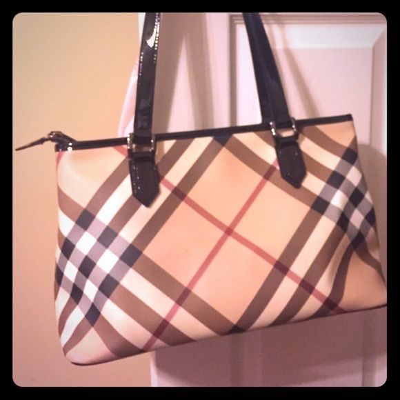 Burberry Classic Nova Check Handbag Authentic Burberry Classic Nova Check  Handbag! Great size only used a handful of times! Beautiful coated canvas  and ... 4d2d10e4a8545