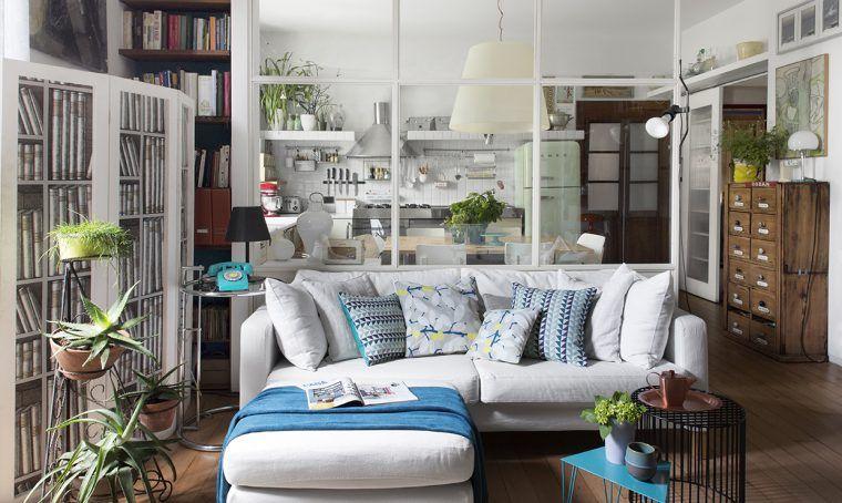 Photo of Parete vetrata tra soggiorno e cucina: trasformazione di un open space