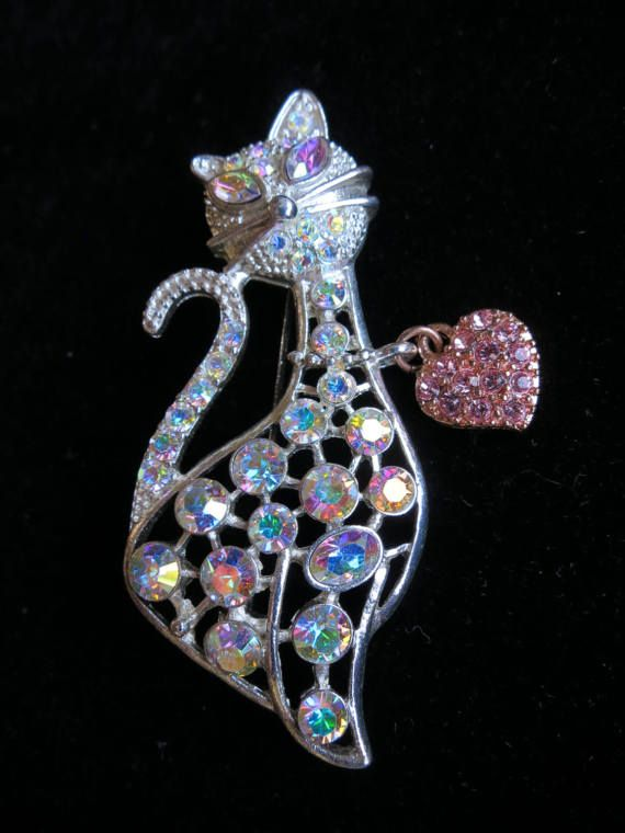 Vintage iridescent crystal set pussy cat brooch with a heart charm dangle silver tone kitty pet (4579)