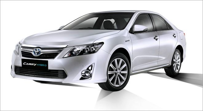Looking for new Toyota cars in India? Find QuikrCars for complete detail like Brand, Model, Images, On road price, Variants, Reviews & other details.