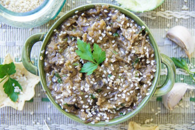 Aubergine, Mushroom & Garlic Dip is a healthy and super tastysnack or party starter inspired by the old fashioned Baba Ganoush. I love this rich, garlicky, appetising combination!You can easi…