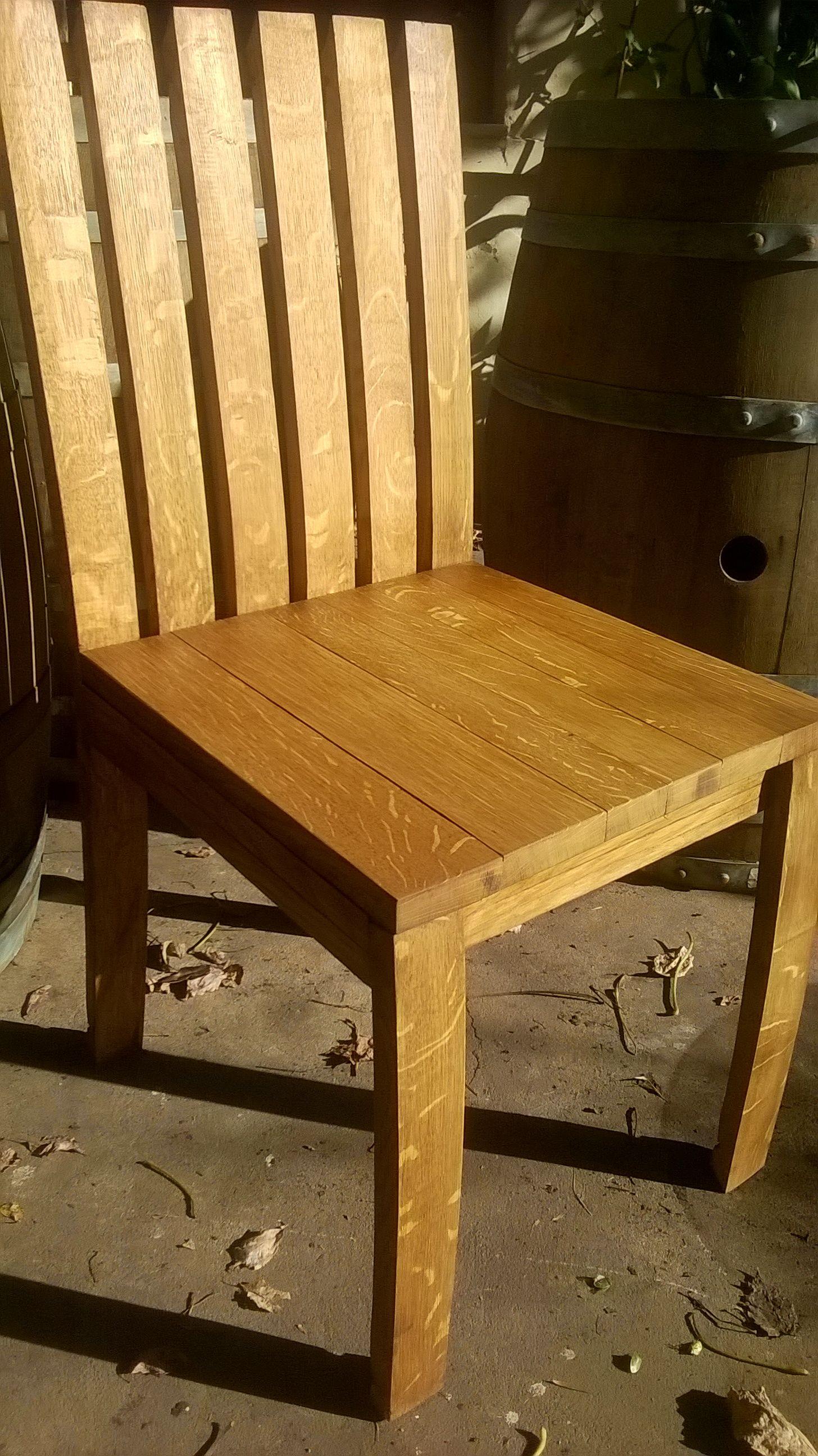 Pin de Maderas Nobles en muebles de barricas de roble reciclado ...