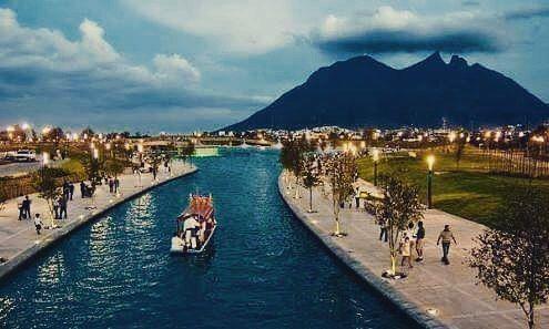 Shared by jraguilar1922 #landscape #contratahotel (o) http://ift.tt/1pG66qq Lucía 2.5km de río artificial Creditos a su autor #mty #nl #monterreynl #monterrey #mexico #méxico #nuevoleon #capturanuevoleon #nuevoleonextraordinario #rio #river #artificial #paisajeurbano #paisajes #agua #montaña #cerros #cerrodelasilla #areaverde #vida #life #beautiful #wallpaper #citylife #city #cities #modernidad #tranquilidad #meistershots #conquer_ca