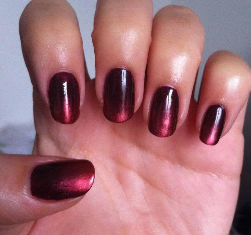 die besten 25 christmas shellac nails ideen auf pinterest schellack n gel funkeln rote n gel. Black Bedroom Furniture Sets. Home Design Ideas