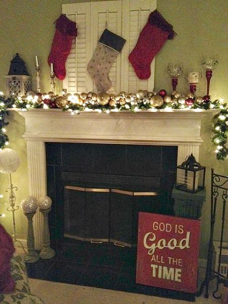 Easy frugal christmas ornament garland christmas for Christmas mantel decorations garland