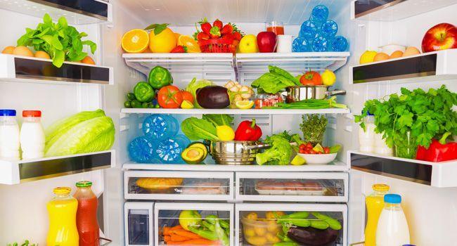 Faxine sua geladeira seguindo essas 6 dicas inteligentes: cada coisa tem seu lugar