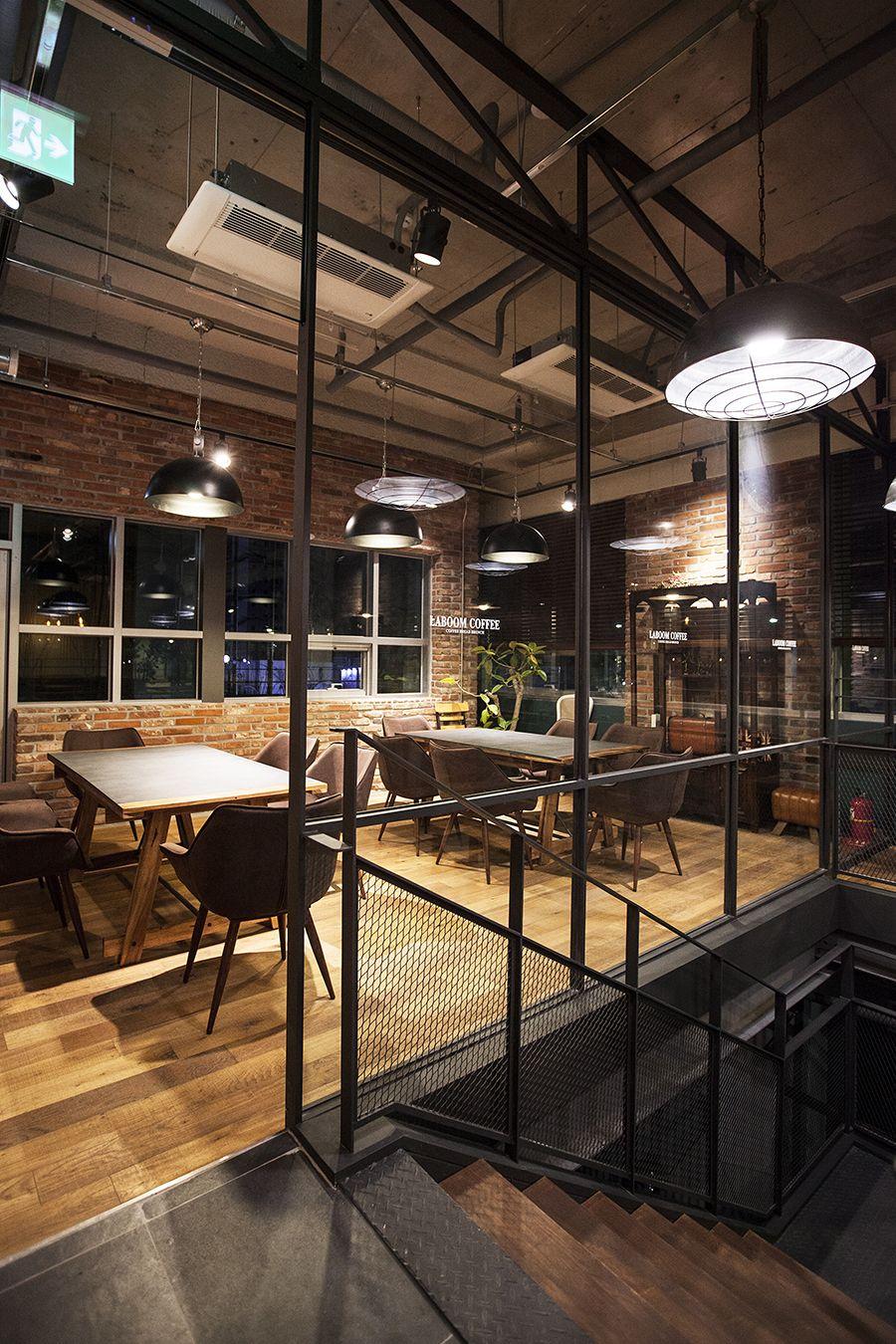 Laboom Coffee Cafe Interior Design Industrial Design 라붐커피