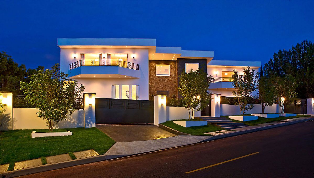 luxury contemporary homes