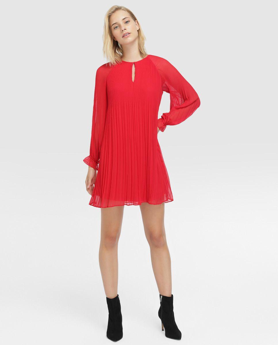 cae4842f3f1 Vestido de mujer Fórmula Joven rojo plisado · Fórmula Joven · Moda · El  Corte Inglés