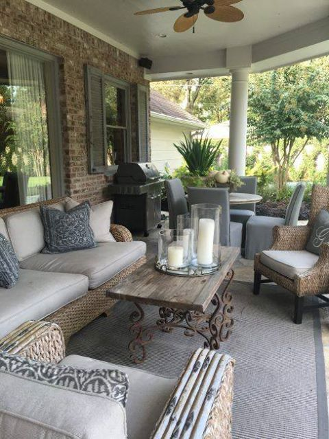 The Chic Technique: Patio Furniture Decorating Idea.