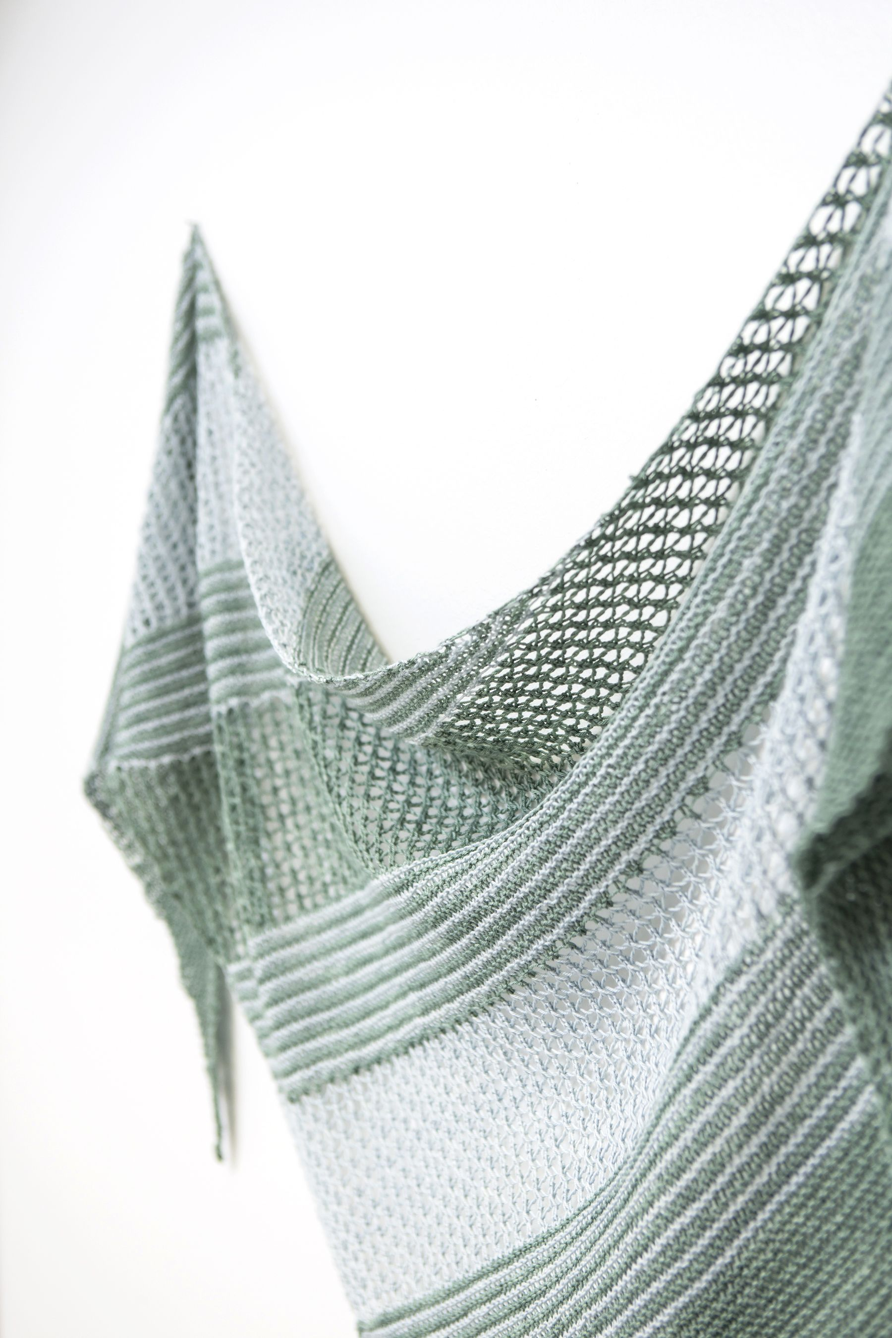 Sea Grass pattern by Janina Kallio | Finger knitting, Knit patterns ...