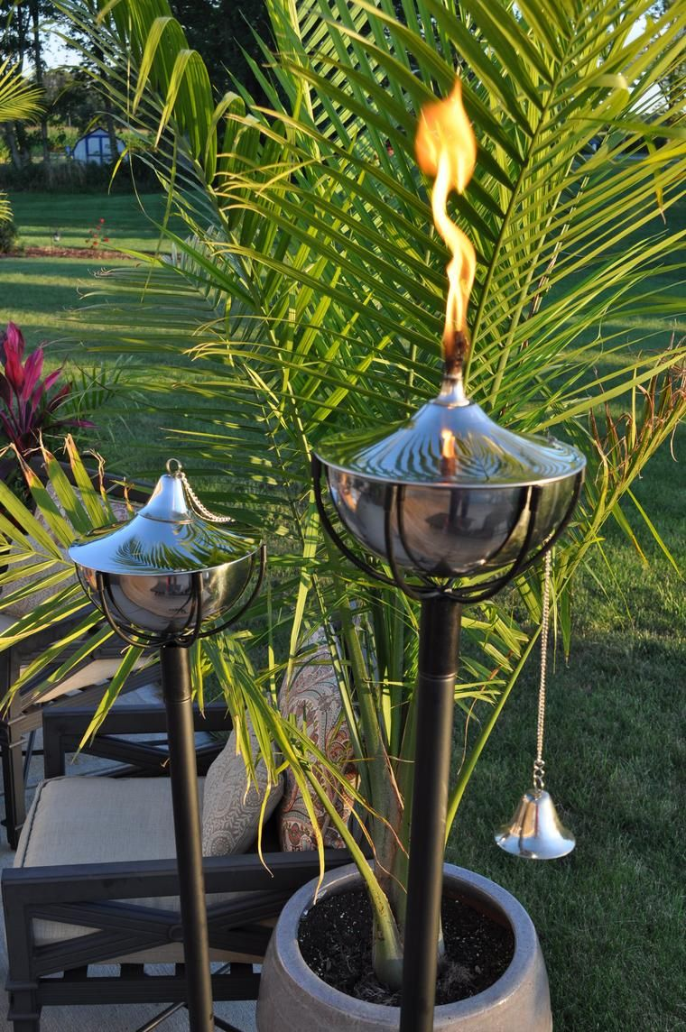 Maui Grande Tiki Torch Smooth Nickel Set Of 2 859087000546 1204 Sn