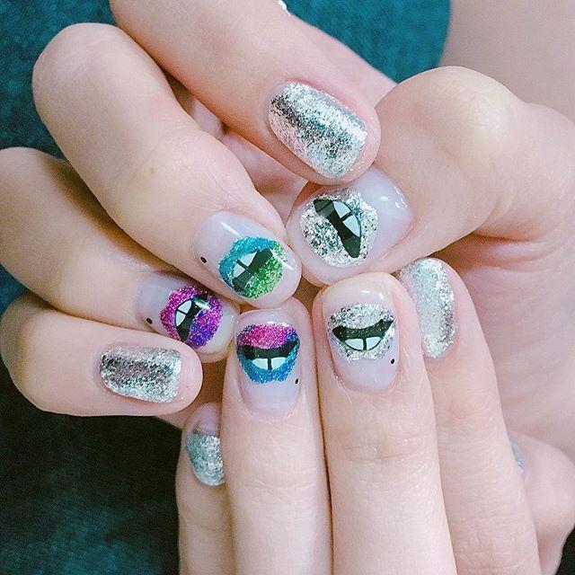 #20160423 #마커스루퍼네일 시스루버젼✨ 점도 살짝 ✍ #츄네일 #입술네일 #nails#nailart#notd#gelnails#markuslupfer#lipnails#instanails#nailstagram#글리터네일#마커스루퍼 ✨❤️