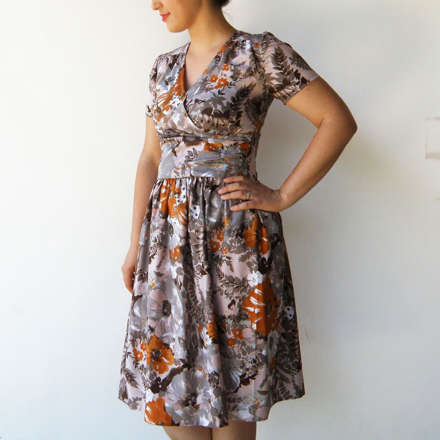 Vintage Fall Flowers Dress / 1950s Dress / Size M L by rakshniyavintage on Etsy