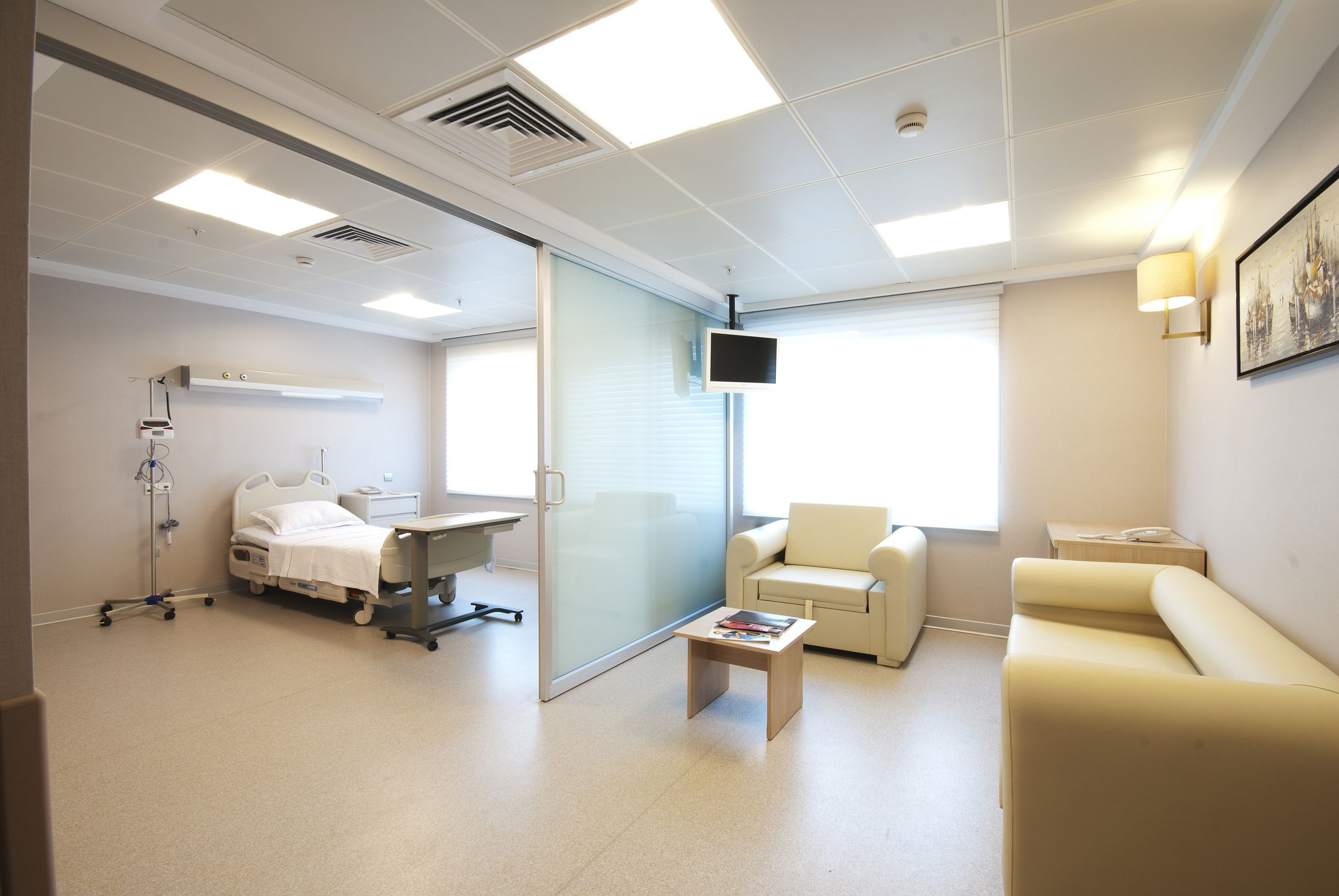 Beautiful Looking Of Modern Hospital Design Room - Indoor ...