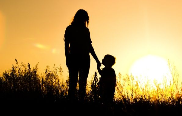 Wallpaper The Sun Mom Sunset Silhouettes Son Images For Mother Son Photography Mother Song Silhouette Photography