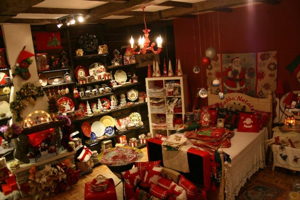 House of Christmas shop, San Marino State World Pinterest