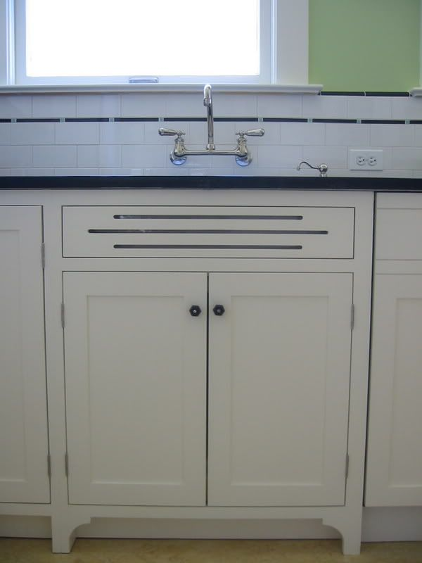 Tile Trim Idea With Bullnose Pieces From Classic 50 S Style Sink