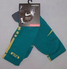 Nike $18 Elite Basketball Socks 1 pr Teal w/Salmon trim, LeBron James logo L #59