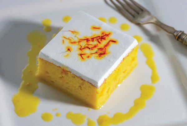 طريقة عمل كيكة الحليب بالزعفران طريقة Recipe Dessert Recipes Desserts Cooking Recipes