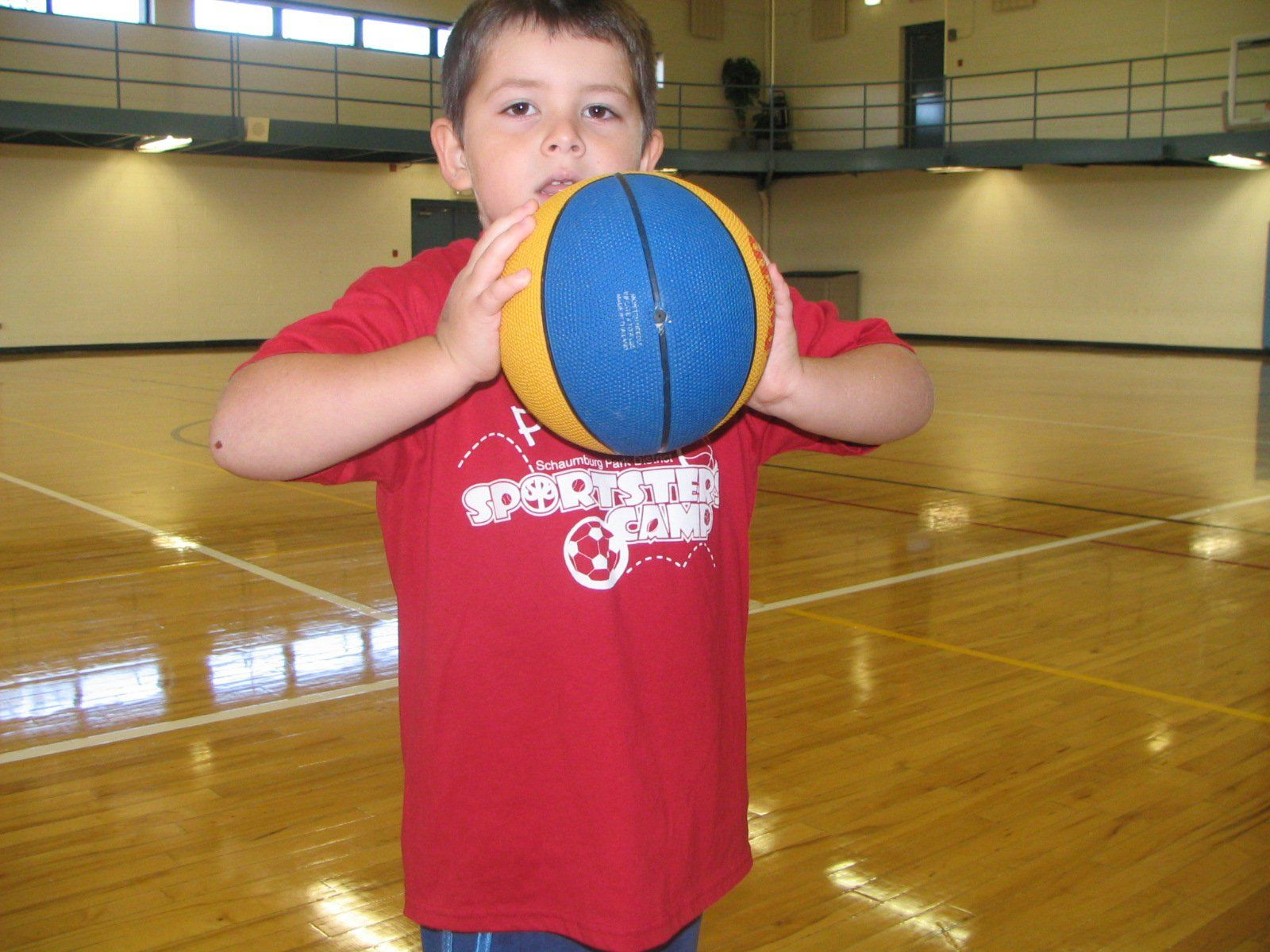 How To Teach Young Children To Pass A Basketball Teaching Young Children Basketball Basketball Drills For Kids