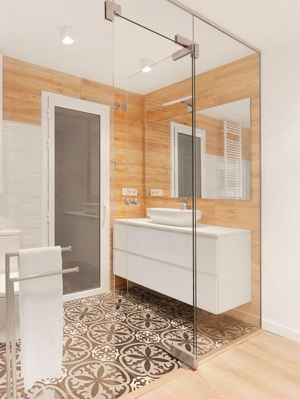 Una casa reformada | Planos de baños pequeños, Cuartos de ...
